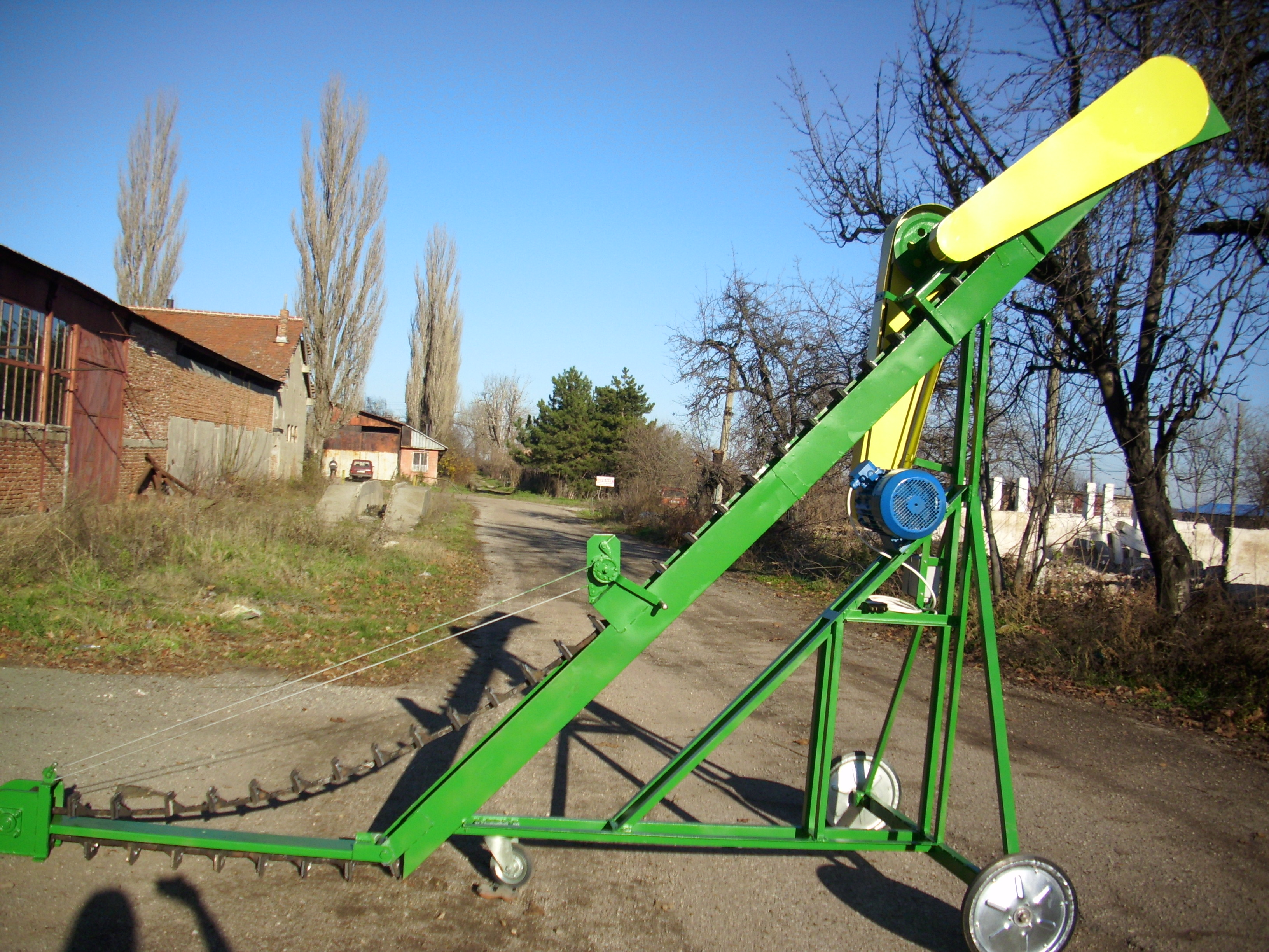 Agrotechnika 97 JSC - ELEVATING GRAIN LOADER ZTE